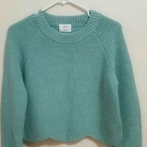 Sweaters - Aritzia Wilfred scalloped hem sweater